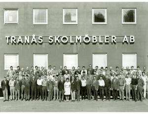 75 år Tranås Skolmöbler AB 1971(Namnlista finns under jubileumsfliken 1971 som pdf)