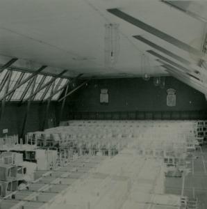 Lagring av möbler i Tennishallen (1)