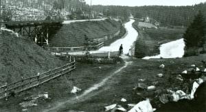 Sommavägen med viadukten vid Lillån